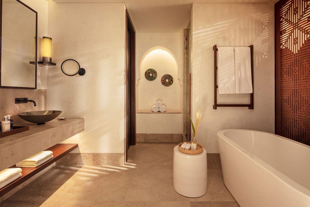 Anantara Tozeur - Sahara Deluxe Room - Bathroom