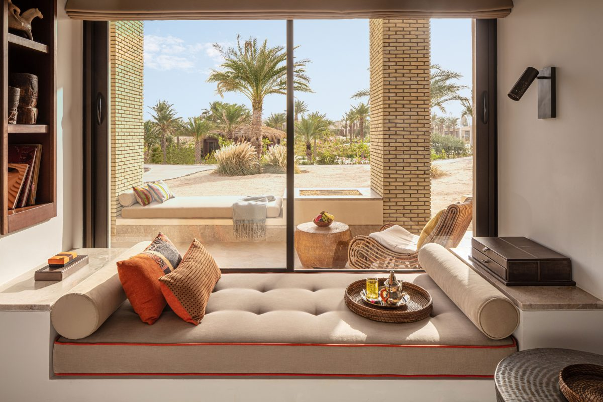 Anantara Tozeur - Sahara Deluxe Room - day bed view