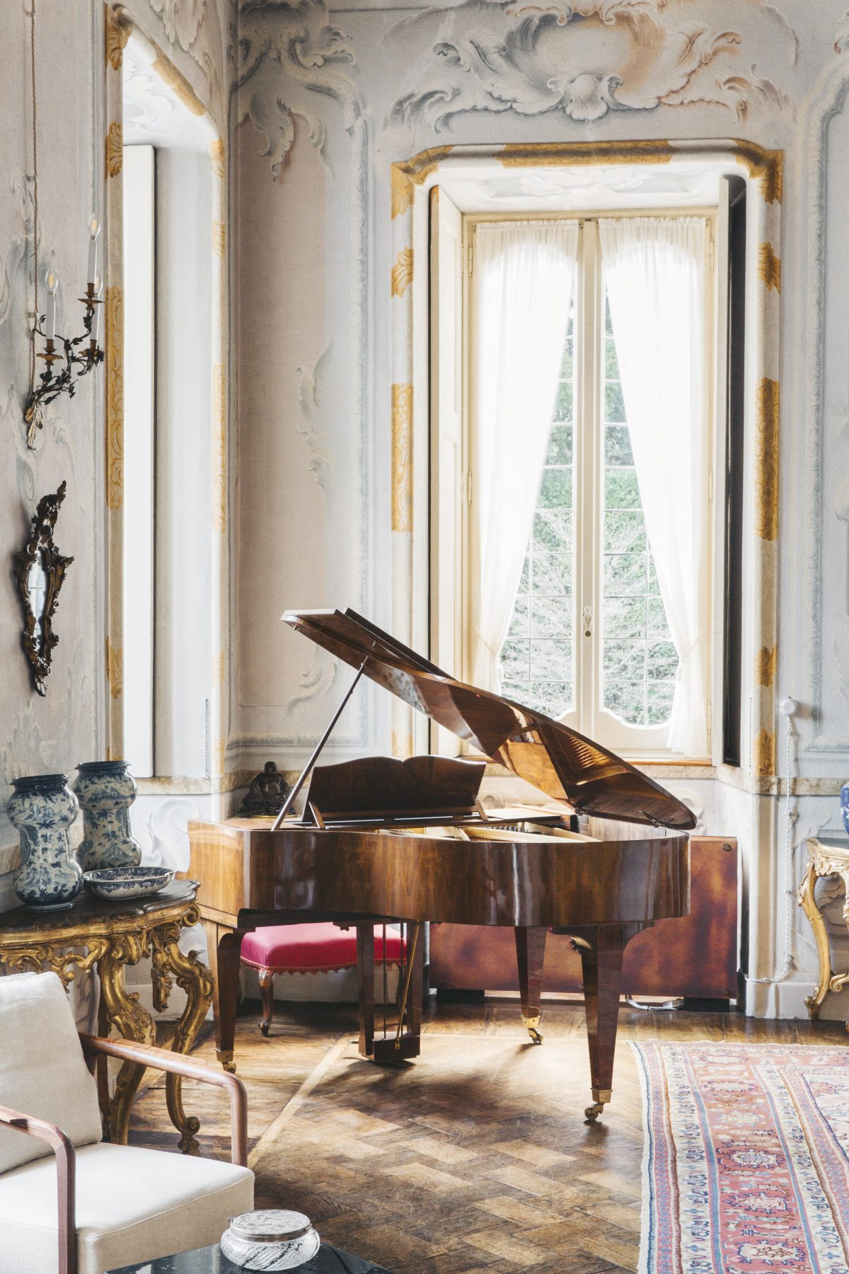14 - Living Room piano