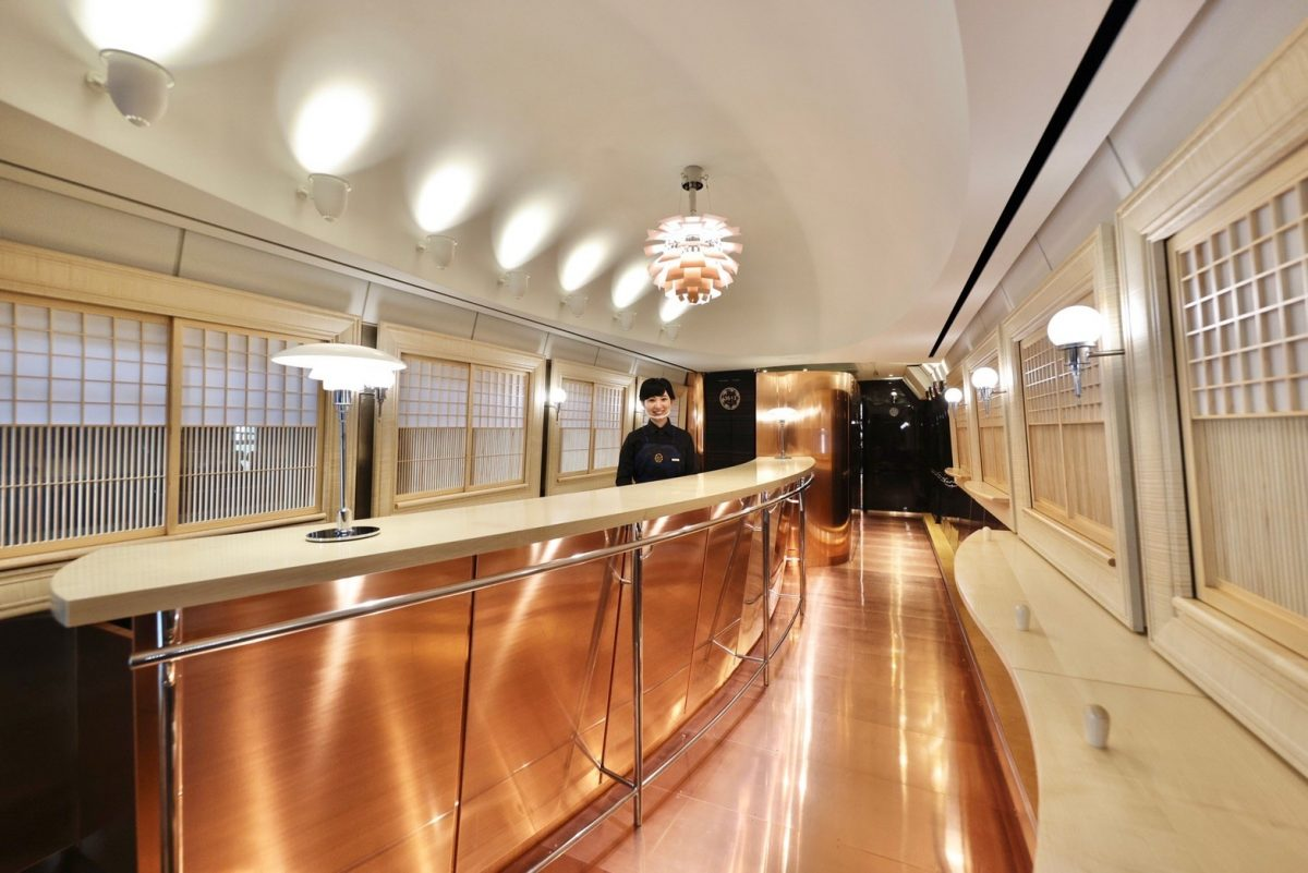 36+3 interior 4- Credit JR Kyushu