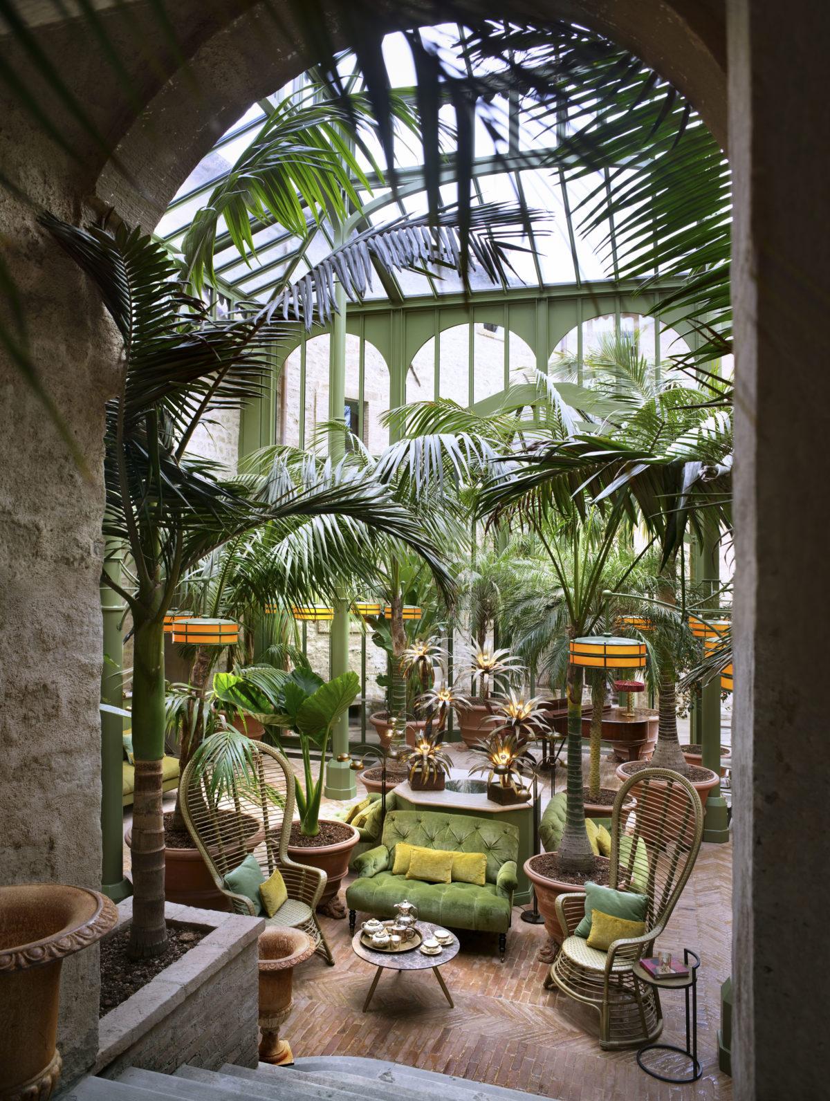 4_Hotel Castello di Reschio - The Palm Court copy