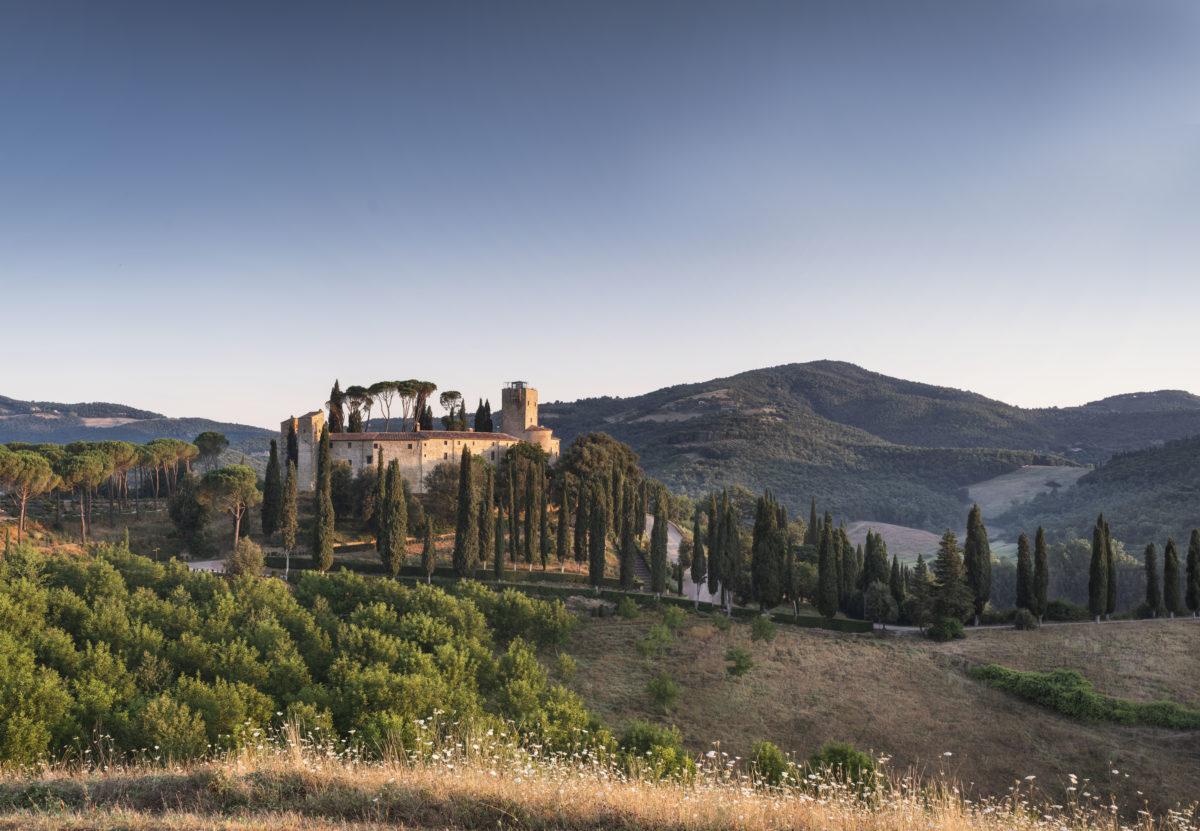 Hotel Castello di Reschio - Summer view